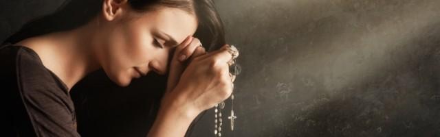 32827_la_oracion_del_rosario_ayuda_a_meditar_los_misterios_de_la_vida_de_cristo__con_el_saludo_biblico_del_angel_a_maria